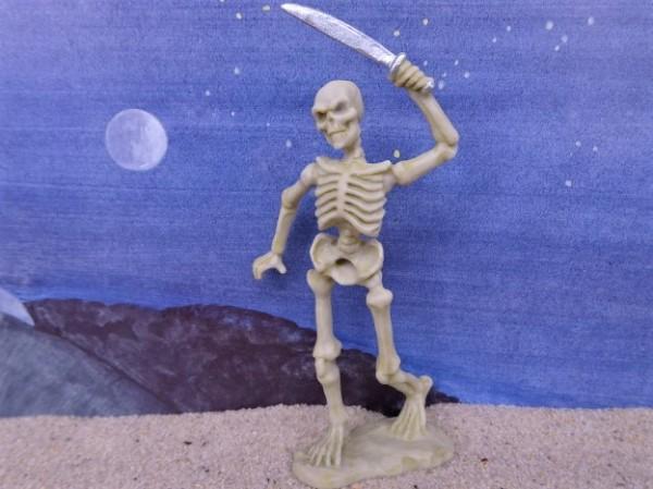 Skelett mit Machete - Serie 'Helden & Monster'