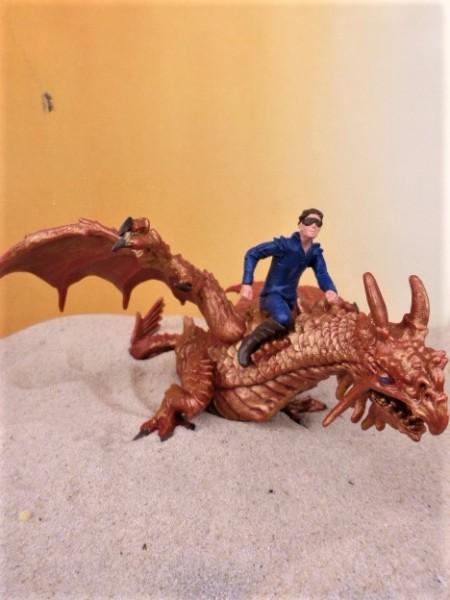 'Thunder Dragon' - Kupferfarbener Drache mit Reiter - XL