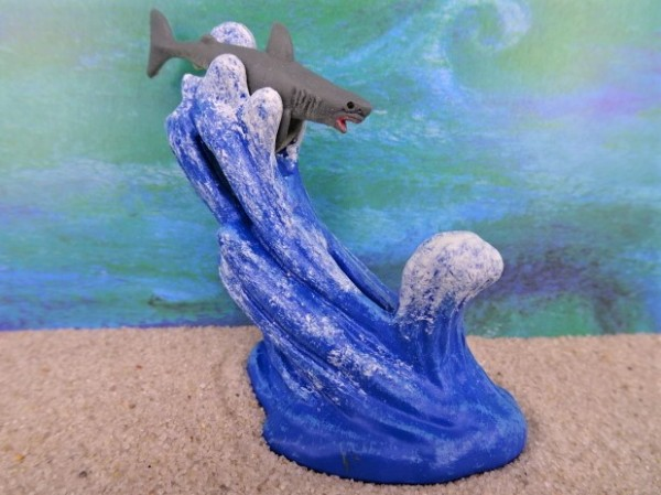 Welle / Meereswelle ... mit Hai
