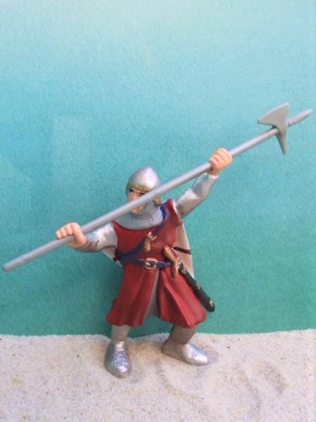 Roter Ritter mit Axt - kämpfend