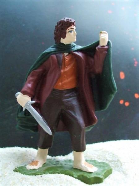 'Frodo' - Hobbit mit Ring aus 'Herr der Ringe'