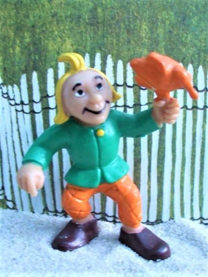 'Moritz' - Lausbub mit Brathuhn - orange / grün