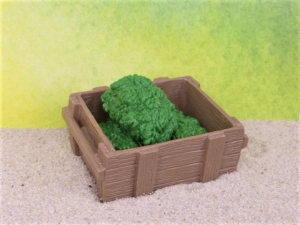 Holzsteige ... mit Blattwerk / Salat