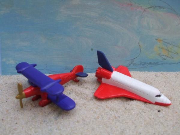 'Little Plains' - Space Shuttle & Doppeldecker für Flugshow