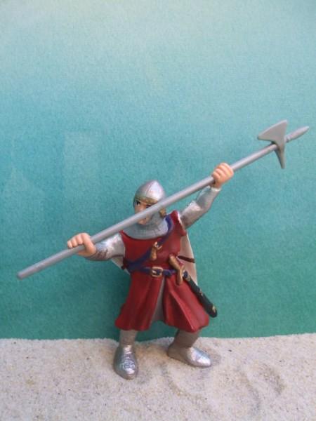 Kämpfender Ritter mit Hellebarde - rot