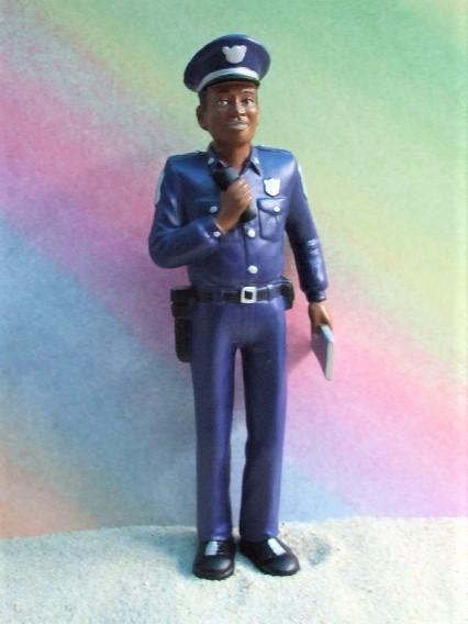 ...del mundo: Afroamerikanischer Polizist