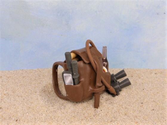 Brauner Rucksack ... mit nützlichem Inhalt