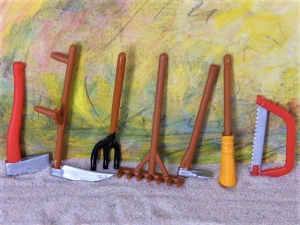 Landwirtschaftliche Werkzeuge - siebenteilig