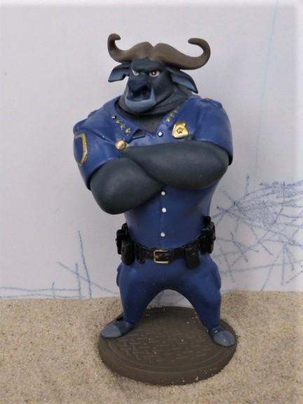 'Chief Bogo' Stier / Ordnungshüter - aus 'ZooTropolis'