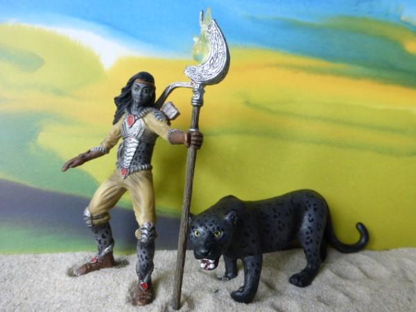 'Noctis' Seherin / Schamanin mit 'Kraft'-Tier: Schwarzer Panther