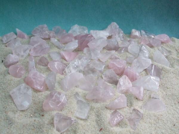 250g Rosenquarz - Kleinere Steine