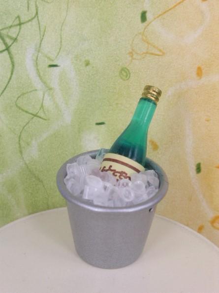 Sektkühler ... mit Eis & Flasche